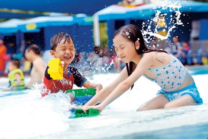 wave-pool--1400.jpg
